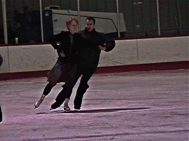 skate-side-stroke_1_22