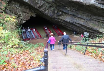 Entrance Penn's Cave