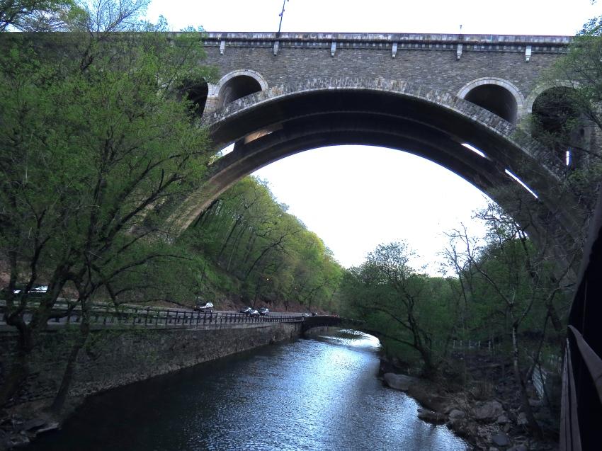 Henry Avenue Bridge